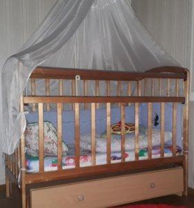 Детская кроватка....