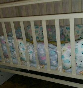 Кровать детская маятник с матрасиком
