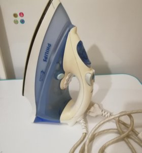 Утюг Philips GC3106