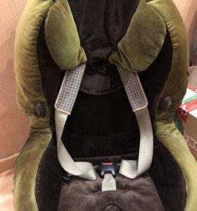 Автомобильное детское кресло  Maxi-Cosi
