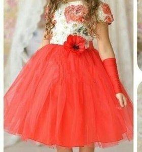 Новое платье 122 рост