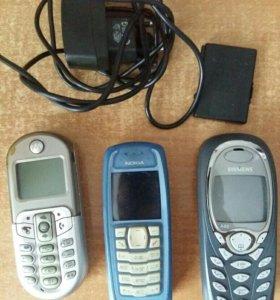 Назапчасти три телефона