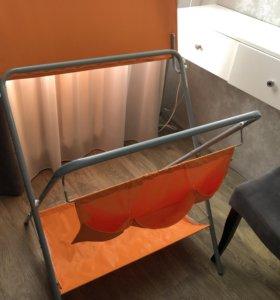 Складной пеленальный столик+столик под ванночку