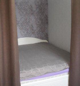 Кровать с ящиками матрасом 160х200