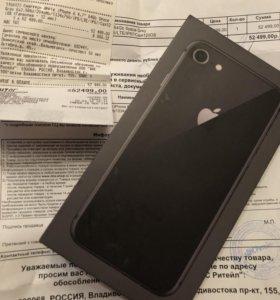 iPhone 8 64G. С продажей не тороплюсь