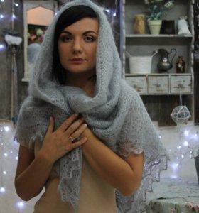 Оренбургский пуховый платок (ажурная думка)