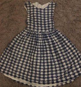 Платье нарядное 134