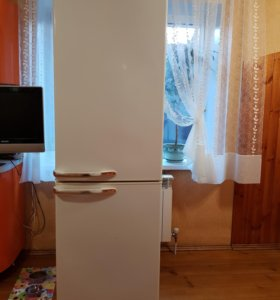 Холодильник Electrofrost-148-1