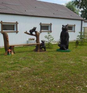 Садовая скамейка из бетона с медведями