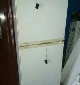 Холодильник Бирюса22