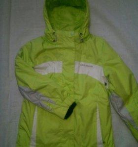 Куртка всесезонная на девочку