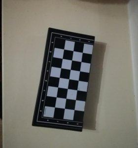 Магнитная шахматная доска