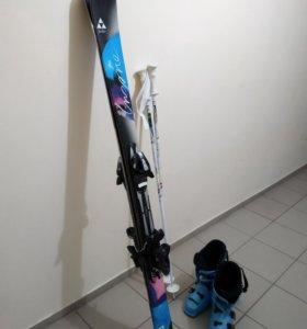 Горные лыжи / горнолыжный комплект