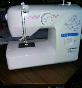 Швейная машина Ягуар - новая