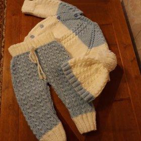 Детский вязаный костюмчик