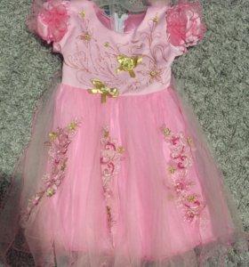 Платье на 3-4 годика
