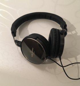 Наушники Audio technica ATH ES700
