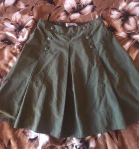 продаю совершенно новую юбку глория джинс