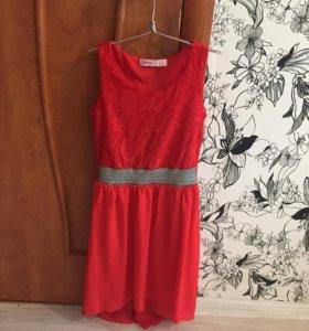 Кружевное красное платье для ребёнка