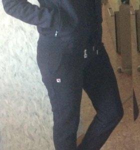 Женский гардероб. Спортивная одежда. 4. Спортивный костюм 44 р,фирмы FILA e82344e3850