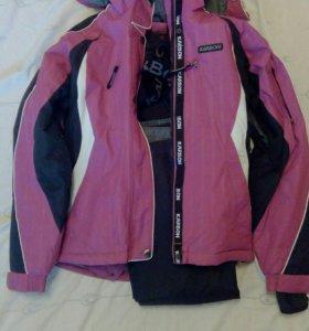 Куртка и штаны комплект , новые .