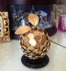 Подарок к Новому году денежный золотой топиарий