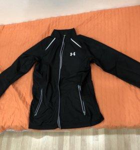 Новая куртка для бега Under Armour