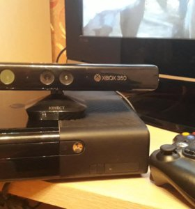 Xbox 360 с 12 дисками +киннект
