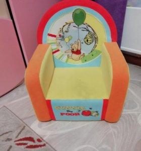 Детское мягкое кресло для маленьких