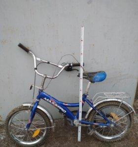 Детский двухколёсный велосипед+ 2 дополнительных