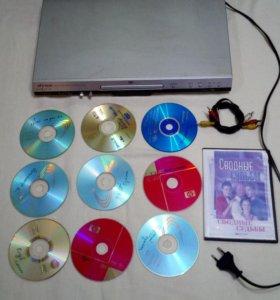 DVD плеер с караоке + диски 11шт. с фильмами