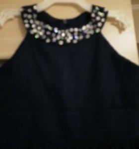 Платье нарядное.на 9-12лет