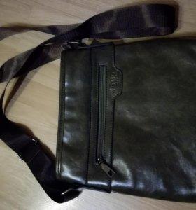 Новая удобная  мужская сумка