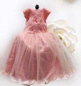 Праздничное платье на 6-9 месяцев