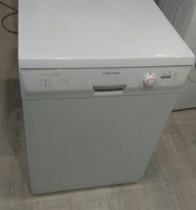 Посудомоечная машина Electrolux на 12 персон Гар