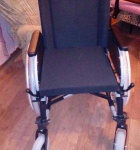 Прогулочная коляска для инвалидов