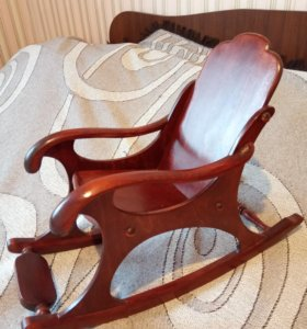 Кукольное кресло-качалка