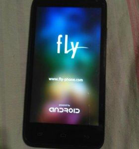 Смартфон Fly IQ4415 Quad