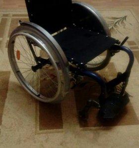 Инвалидная каляска активного типа