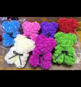 Мишка из цветов 25 см,40см