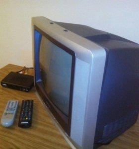 Телевизор+приставка+2пульта