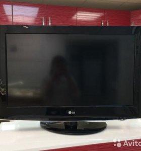 FHd Телевизор LG с приставкой