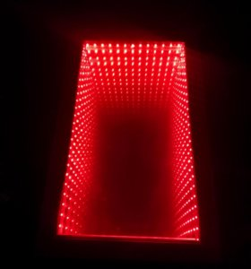 Стол ручной работы с эффектом бесконечности 3D