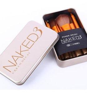 Фирменные кисти Naked3