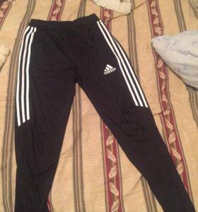 Оригинальные спортивные брюки Adidas