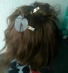 Волосы и парик для обучения.