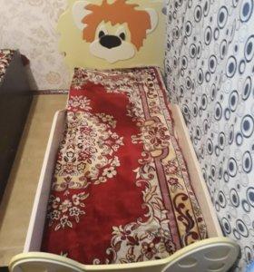 Кровать(без матраса), 1600*700