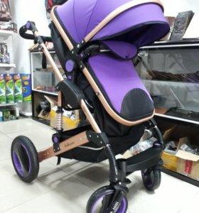 Новая детская коляска. Склад