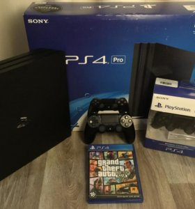 Продам Playstation 4 Pro 1Tb + 2 геймпада