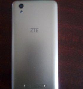 ZTE Blade x3, цвет золотой, 2 камеры